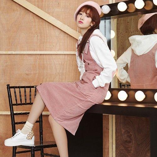 纯色中长背带裙第1张