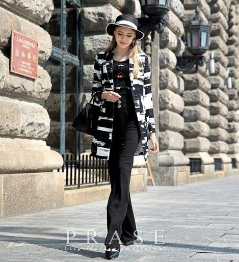 黑白印花摩登风衣第1张