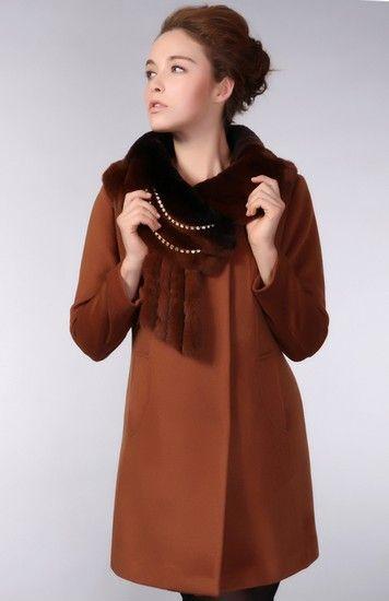 毛领修身纯正羊绒大衣第1张