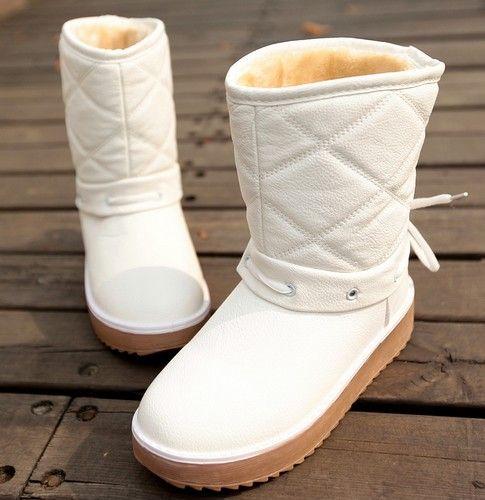中筒防水雪地靴第1张