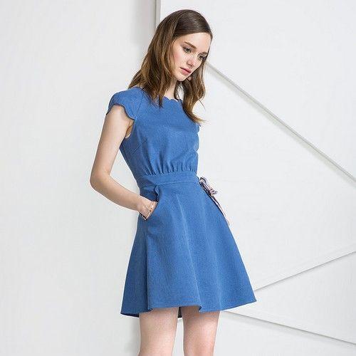 波浪边纯色连衣裙第1张