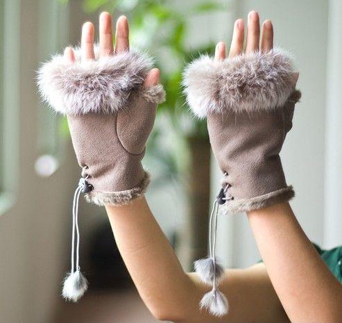 麂皮绒兔毛半指保暖手套第1张