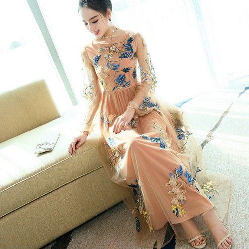 刺绣网纱长裙