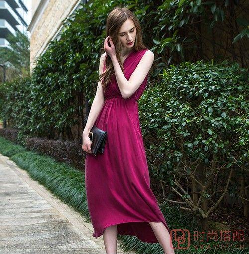 V领无袖纯色连衣裙第1张