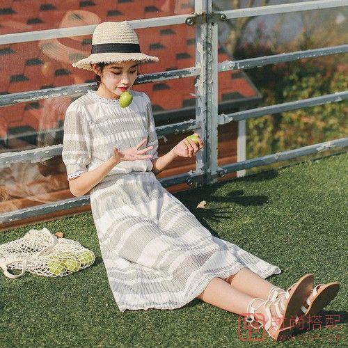 泡泡袖条纹连衣裙第1张