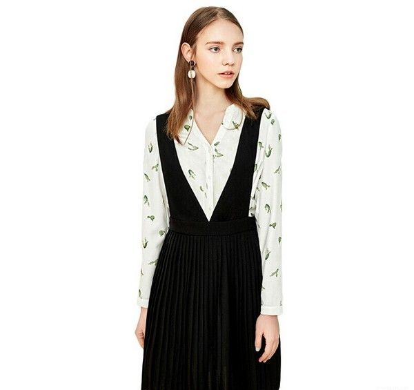Lagogo 黑色V领高腰背带裙第1张