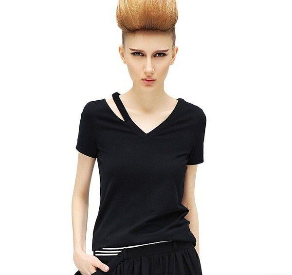 不对称镂空V领短袖T恤第1张